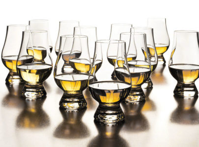 Where to buy | Top 10 Whiskys for Beginners – by Daniel and Rex from the Whisk(e)y Vault